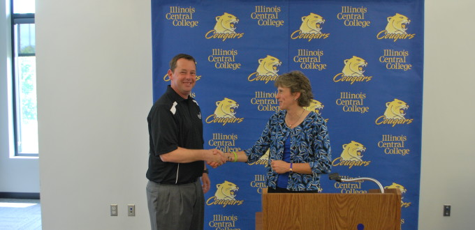 Sue Sinclair (right) with new head coach William Hudson
